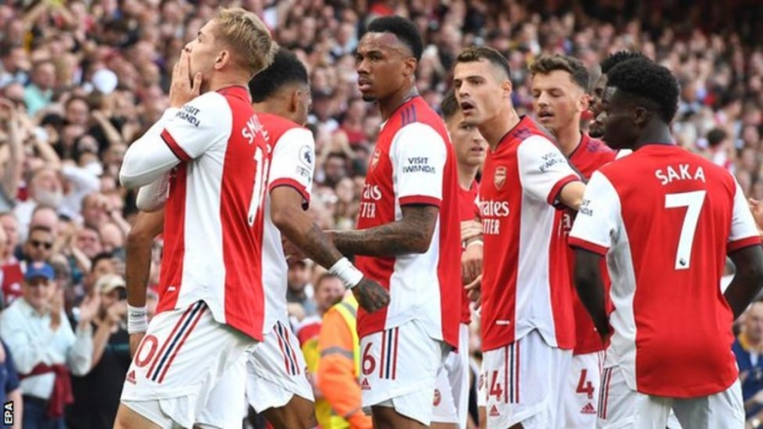 Arsenal manager takes praise after 'special day' in win over Spurs